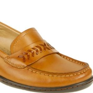 New Naturalizer Vanish loafers size 8